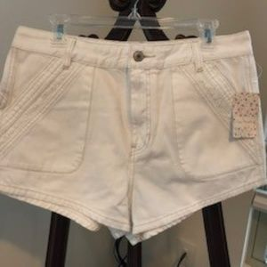 Free People women's white shorts
